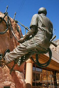 the Hoover Dam visitor center has this statue of a construction worker from the 1930s. Without the courage, hard work and ingenuity of the construction company and the construction workers, the dam would never have been built.